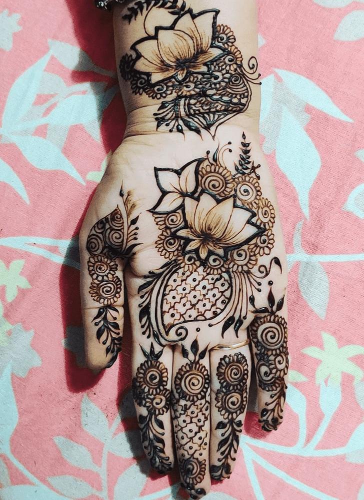 Charming Lotus Henna Design