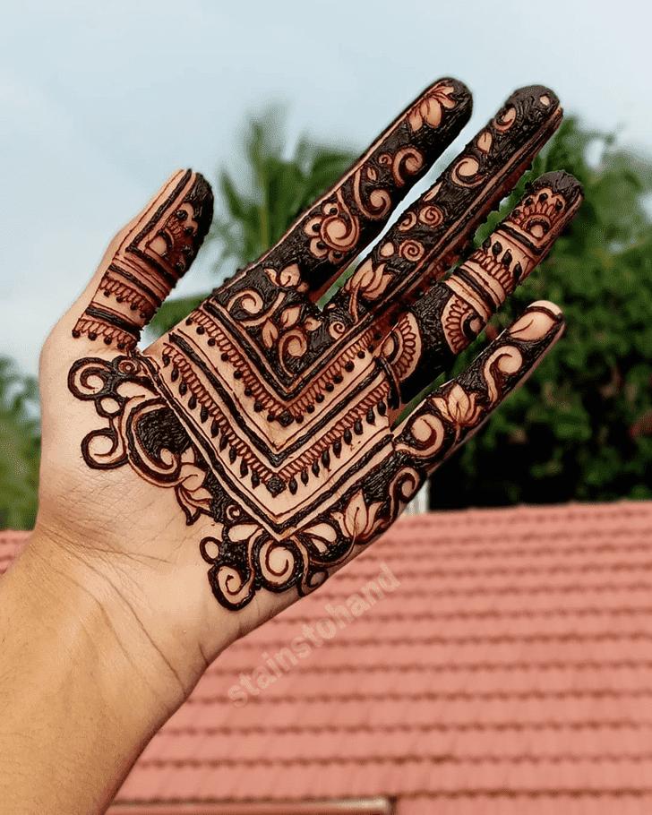 Cute Lotus Henna Design