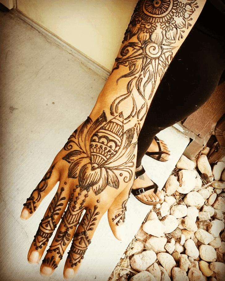 Inviting Lotus Henna Design