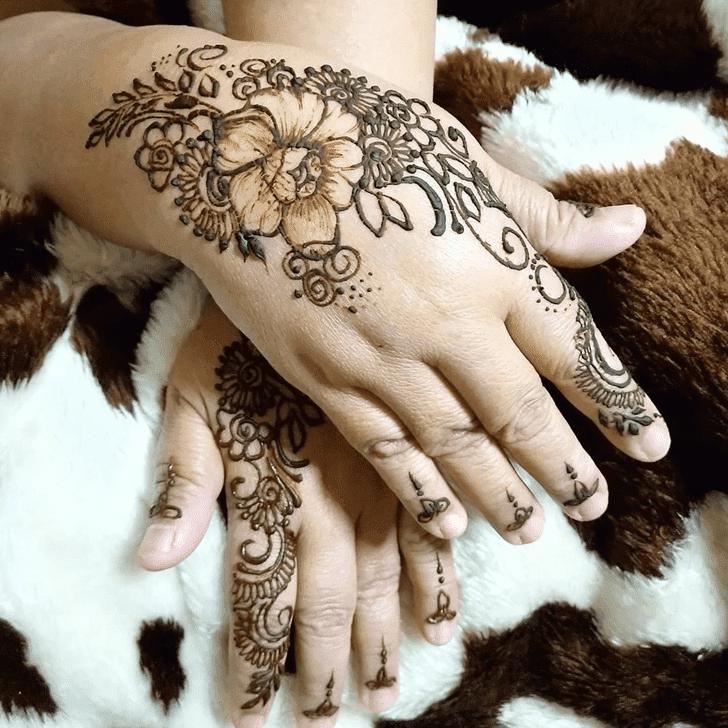 Magnificent Lotus Henna Design