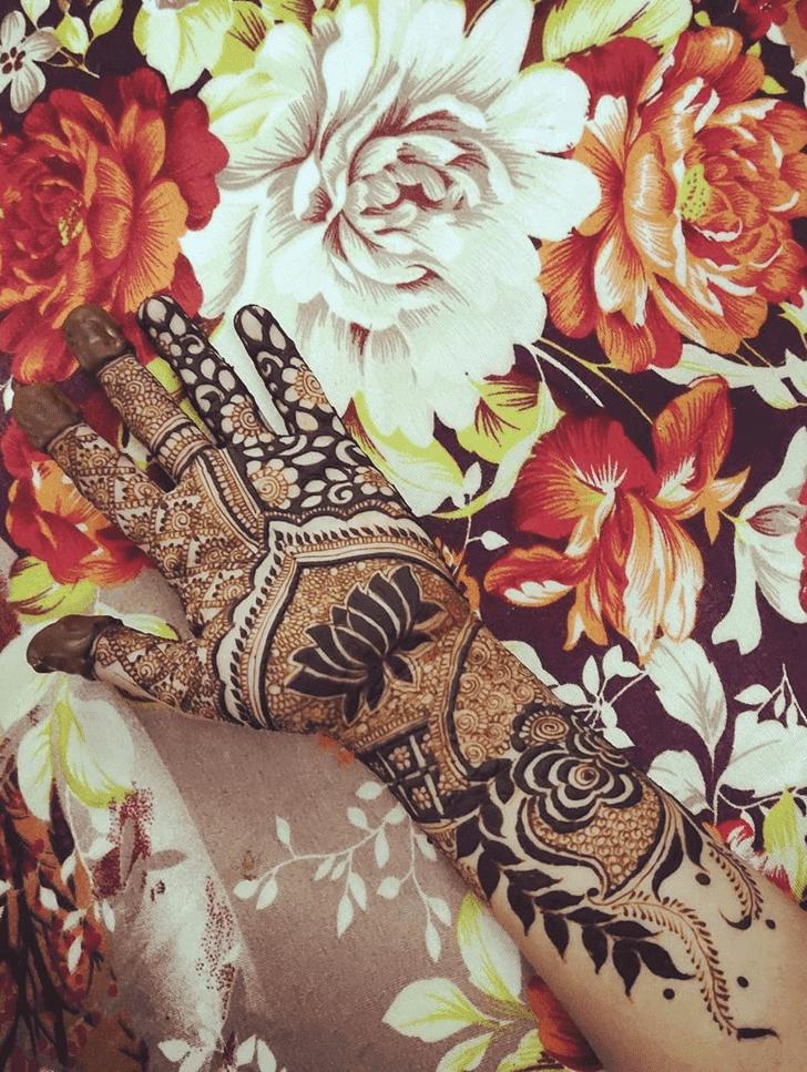 Stunning Lotus Henna Design