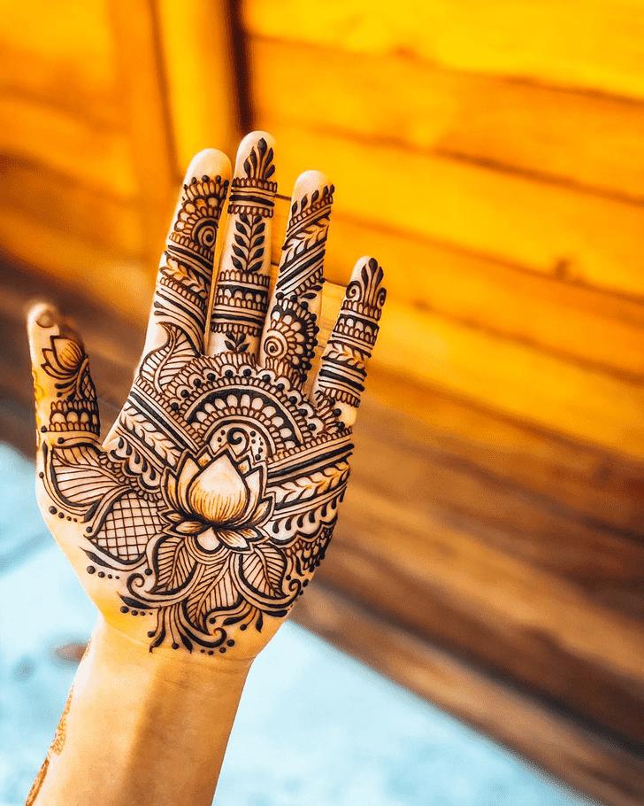 Superb Lotus Henna Design