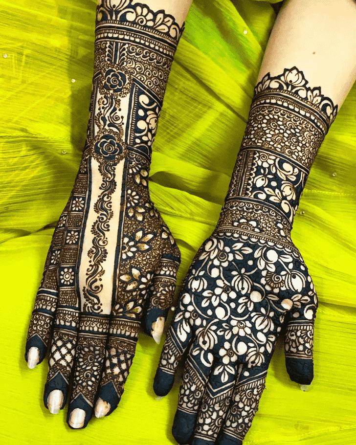 Comely Lovely Henna design