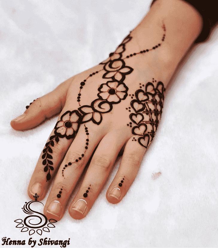 Delicate Lovely Henna design