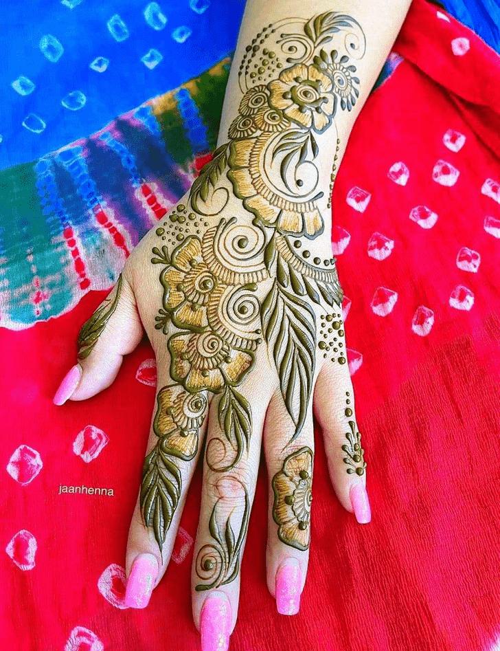 Delightful Lovely Henna design