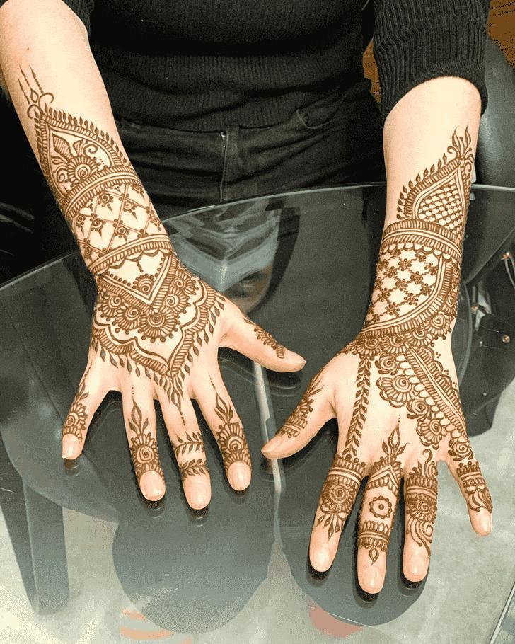 Fine Lovely Henna design