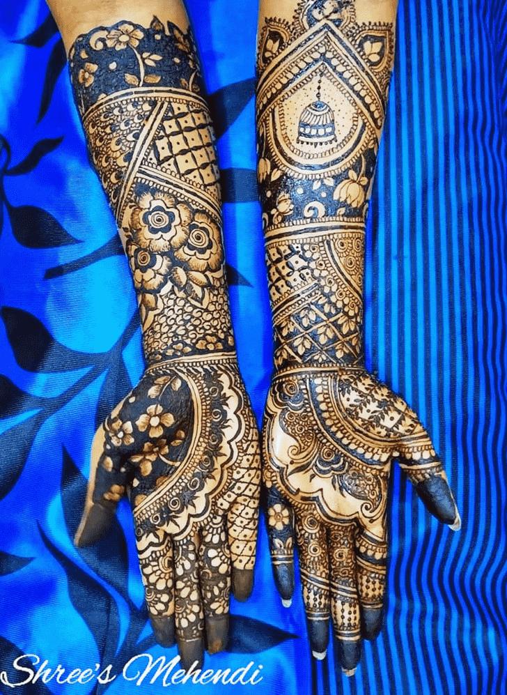 Inviting Lovely Henna design