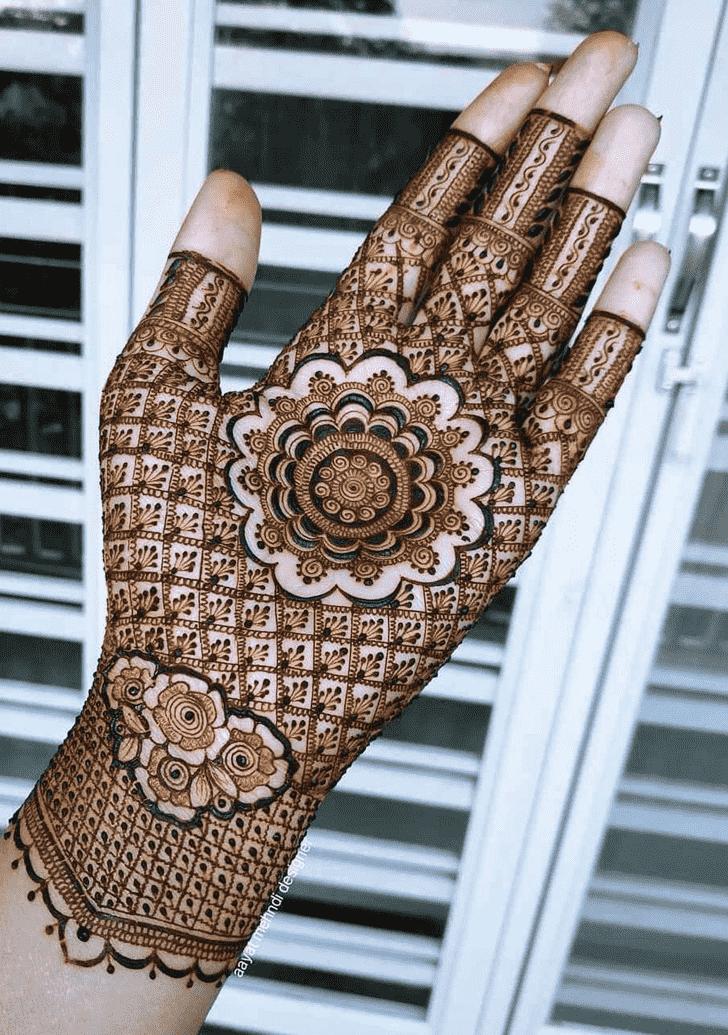 Nice Lovely Henna design