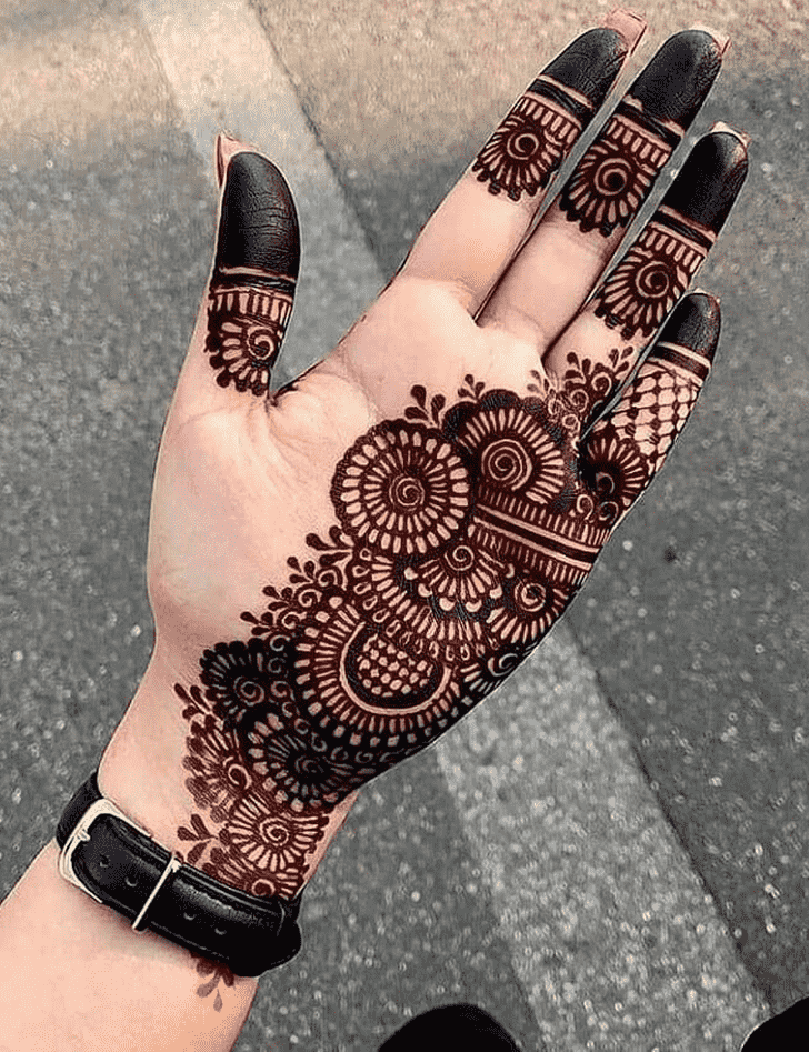 Adorable Mangalore Henna Design