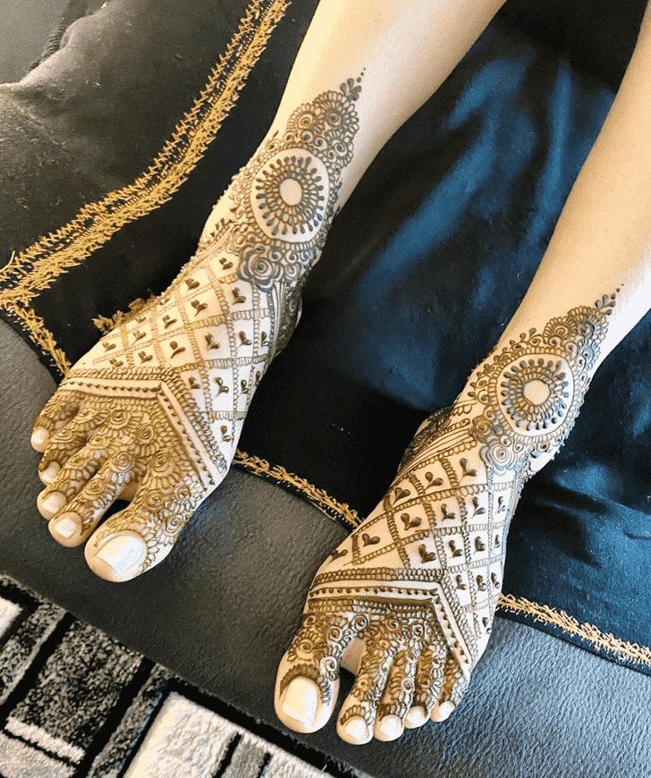 Pretty Manipur Henna Design