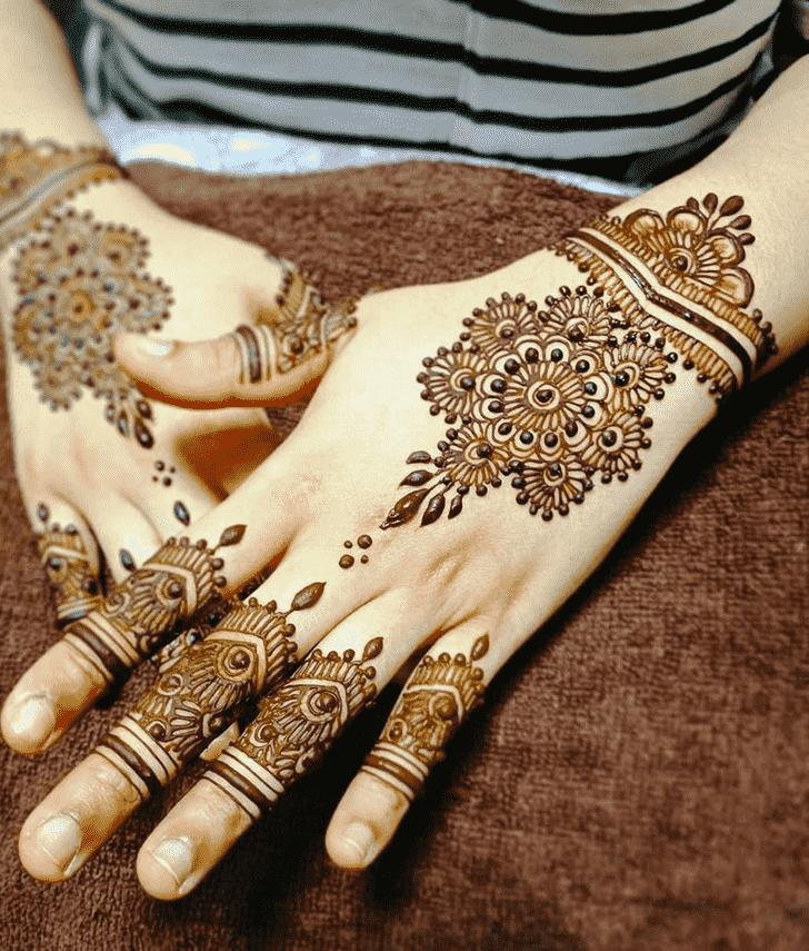 Shapely Manipur Henna Design