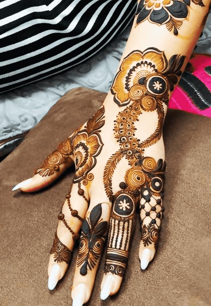 Adorable Marwari Henna Design