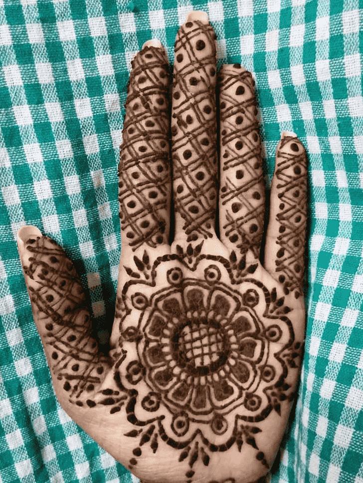 Comely Massachusetts Henna Design