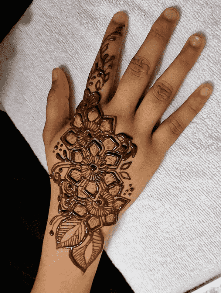 Good Looking Massachusetts Henna Design