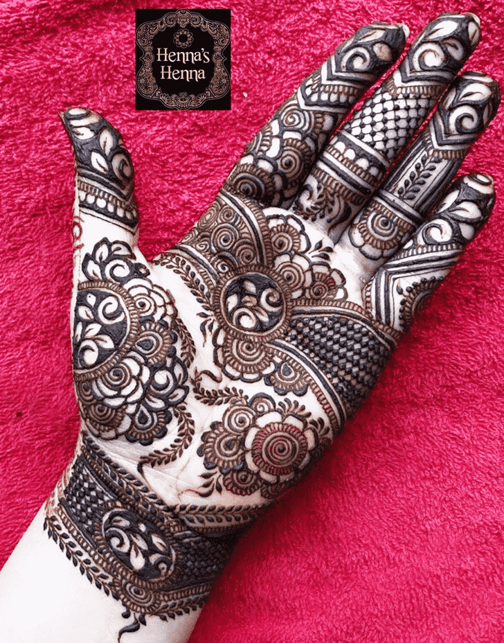 Resplendent Massachusetts Henna Design