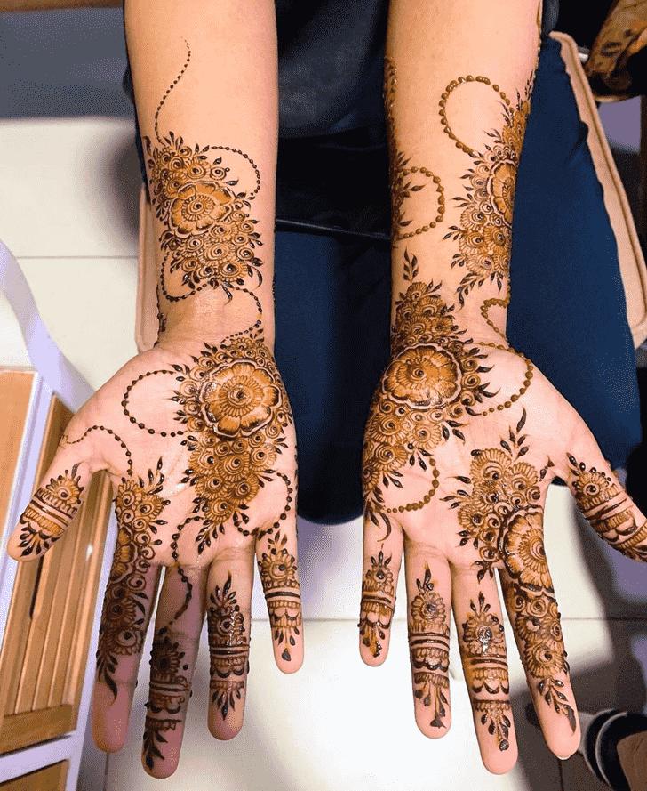 Shapely Massachusetts Henna Design