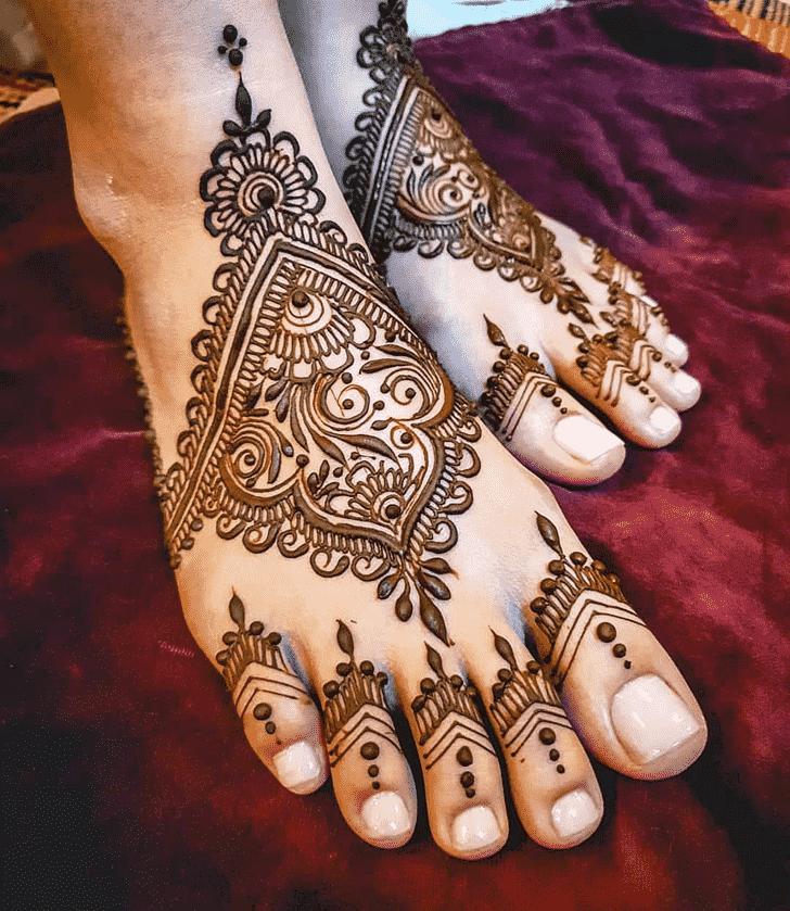 Bewitching Meena Sankranti Henna Design