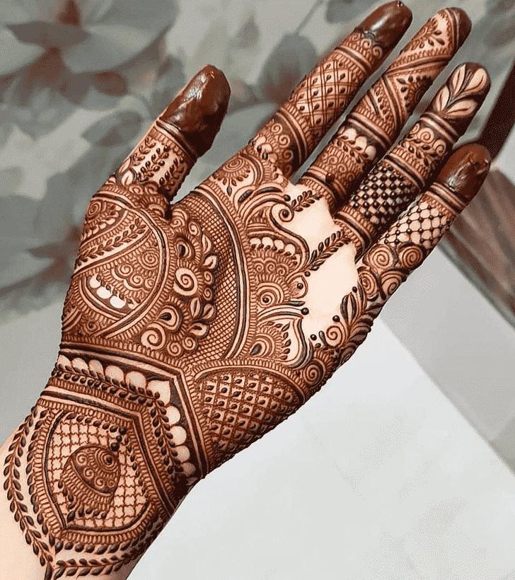 Beauteous Mughlai Henna Design
