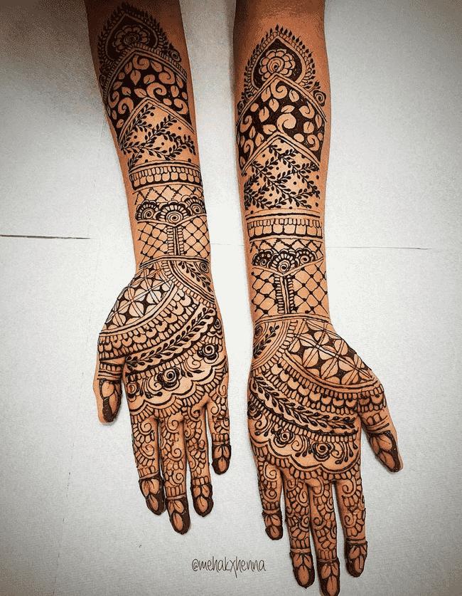 Alluring Muktagacha Henna Design