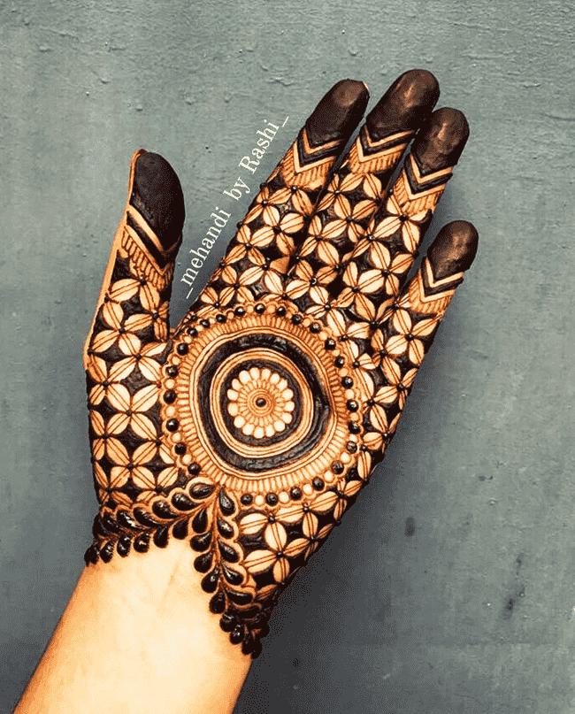 Bewitching Muktagacha Henna Design