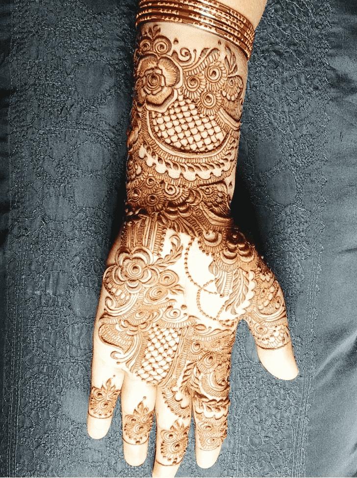 Alluring Mumbai Henna Design