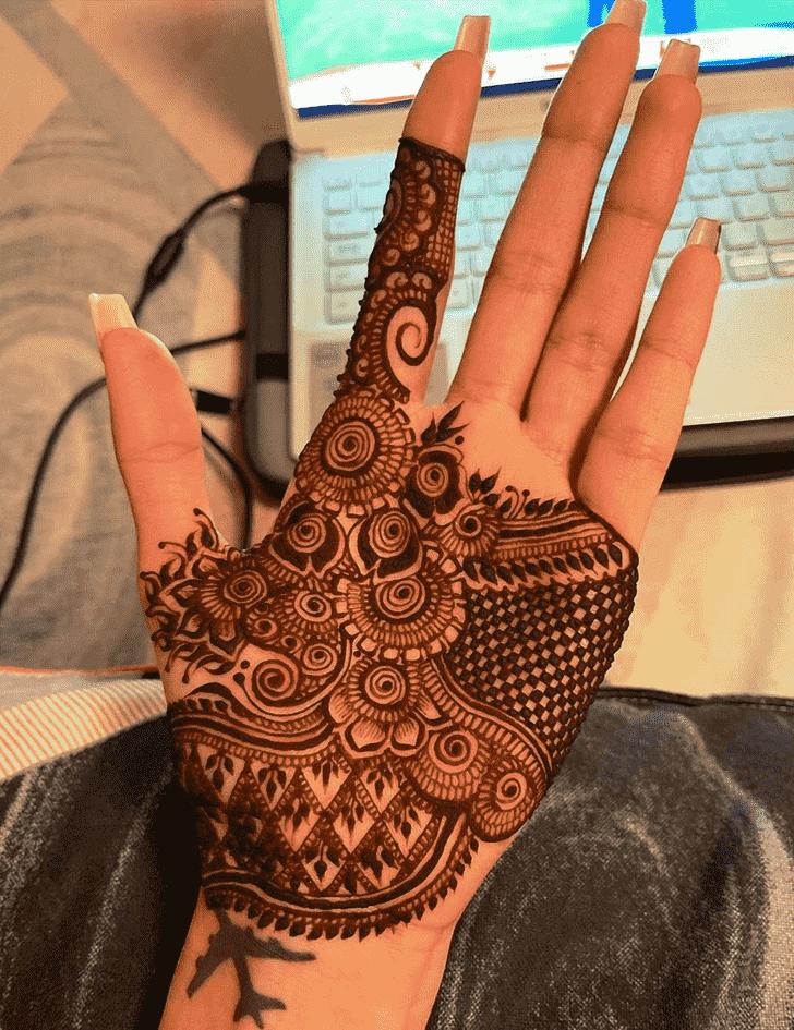 Alluring Munnar Henna Design