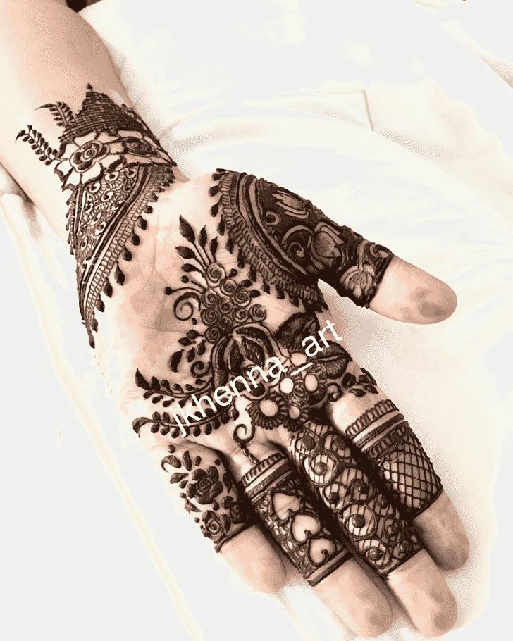 Adorable Mussoorie Henna Design