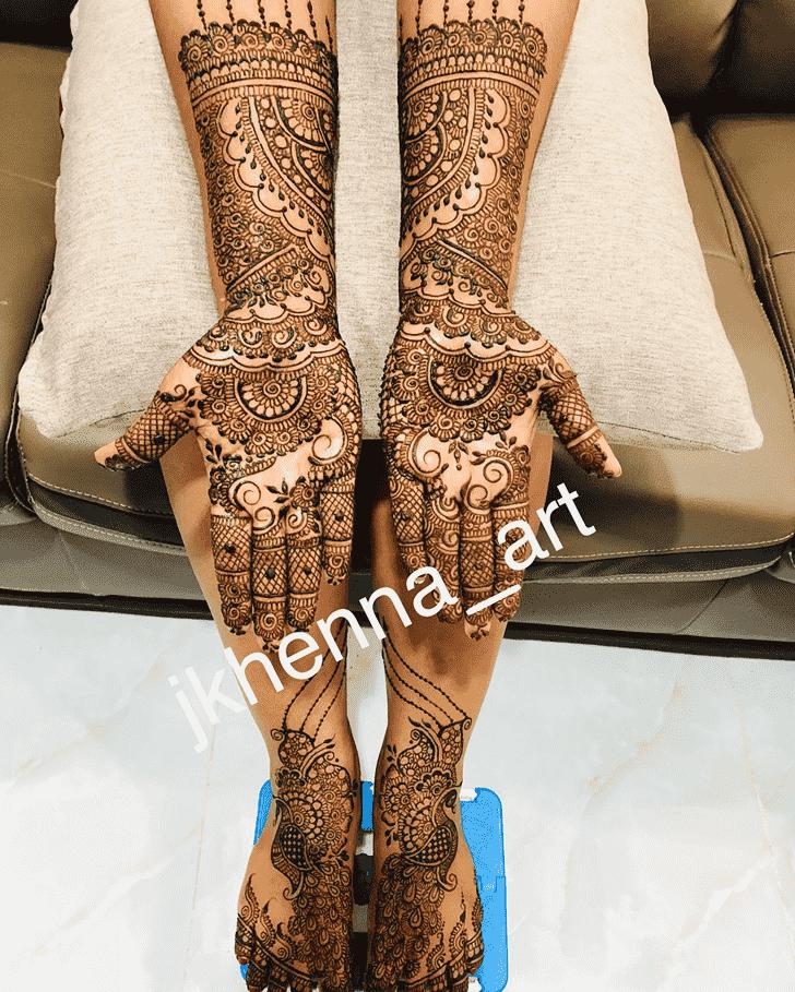 Appealing Mussoorie Henna Design