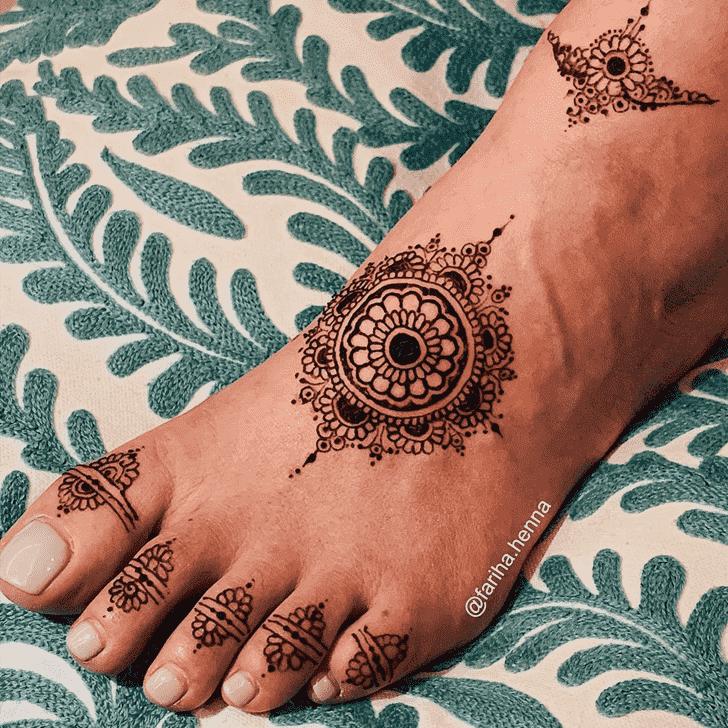 Captivating Mussoorie Henna Design