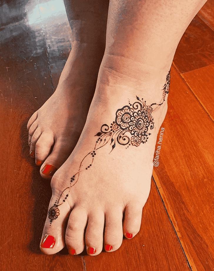 Elegant Mussoorie Henna Design