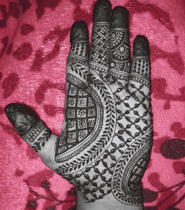 Alluring Mysuru Henna Design