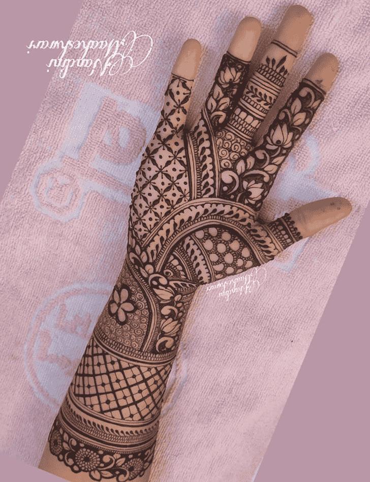 Appealing Mysuru Henna Design