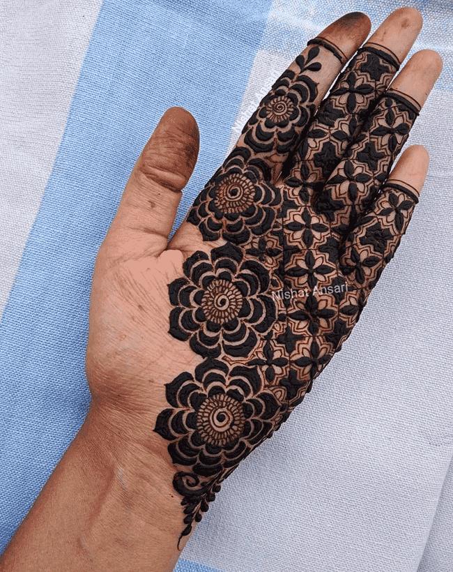 Alluring Nainital Henna Design