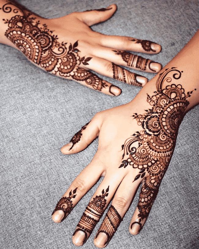 Charming Nainital Henna Design
