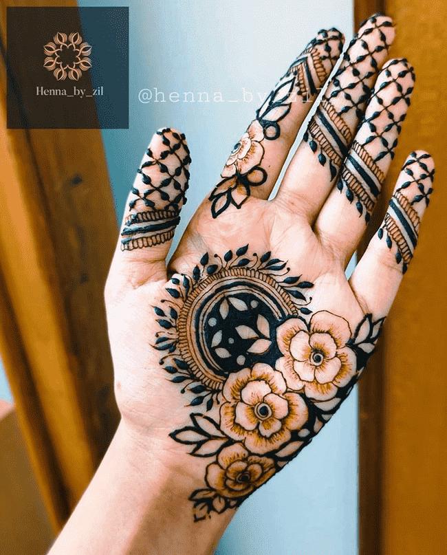 Dazzling Nainital Henna Design