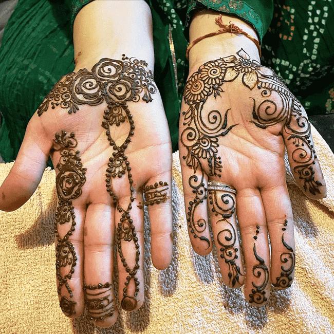 Enticing Nainital Henna Design