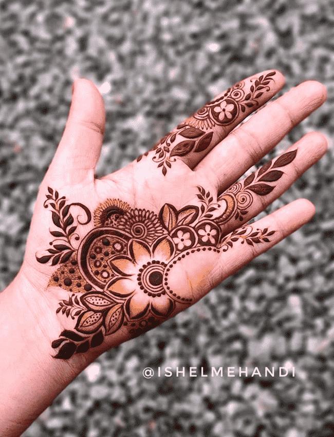 Graceful Nainital Henna Design
