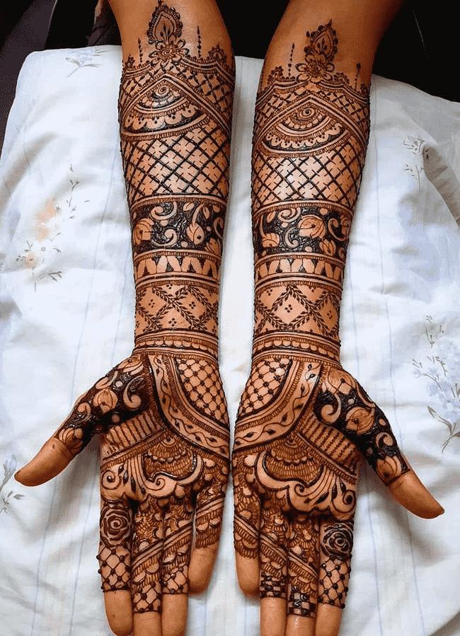 Inviting Nainital Henna Design