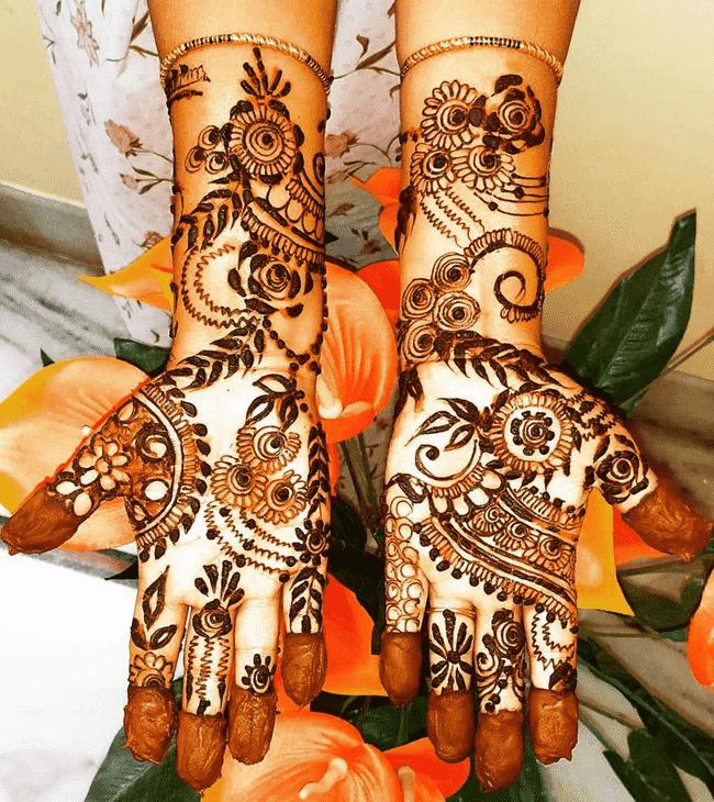 Radiant Nainital Henna Design