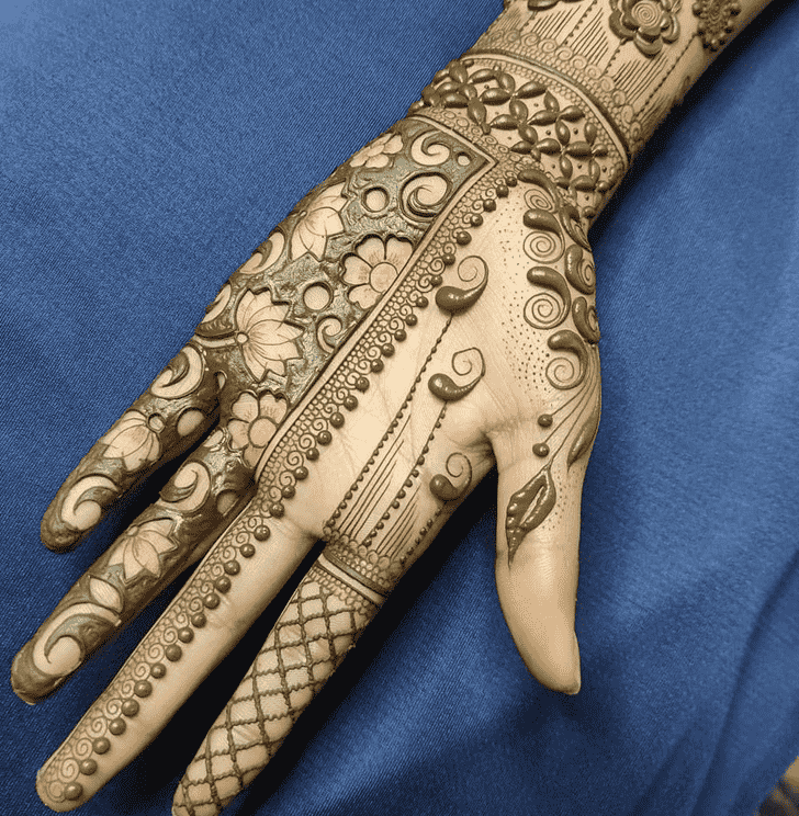 Alluring Nasik Henna Design