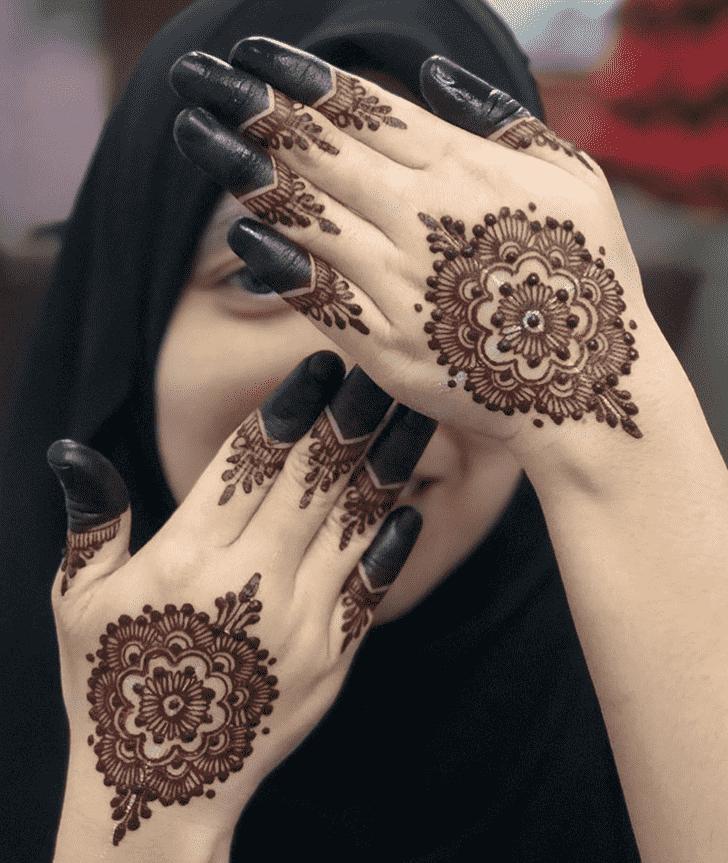 Angelic Nasik Henna Design