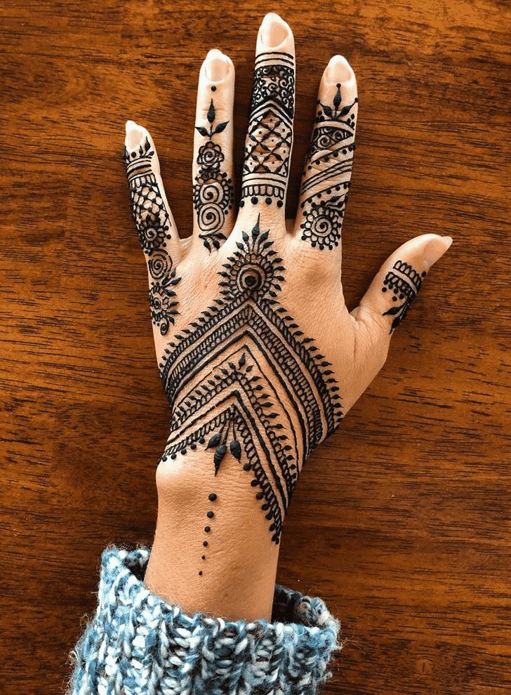 Classy Nasik Henna Design