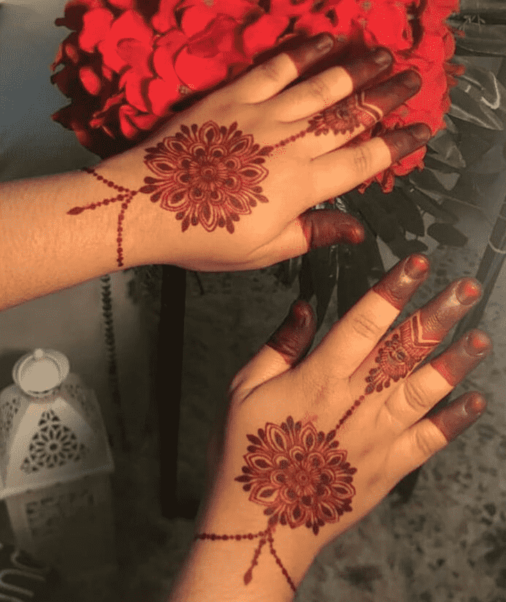 Delightful Nasik Henna Design