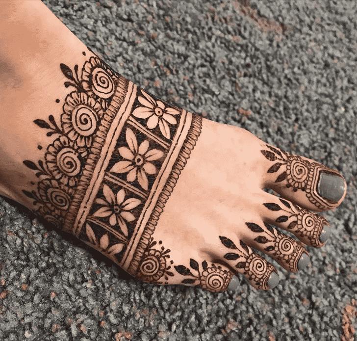 Fascinating Nasik Henna Design
