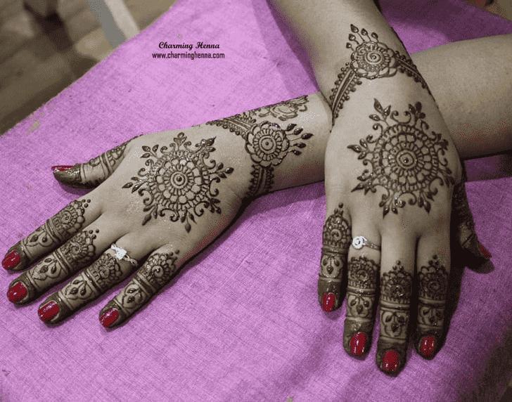Good Looking Nasik Henna Design