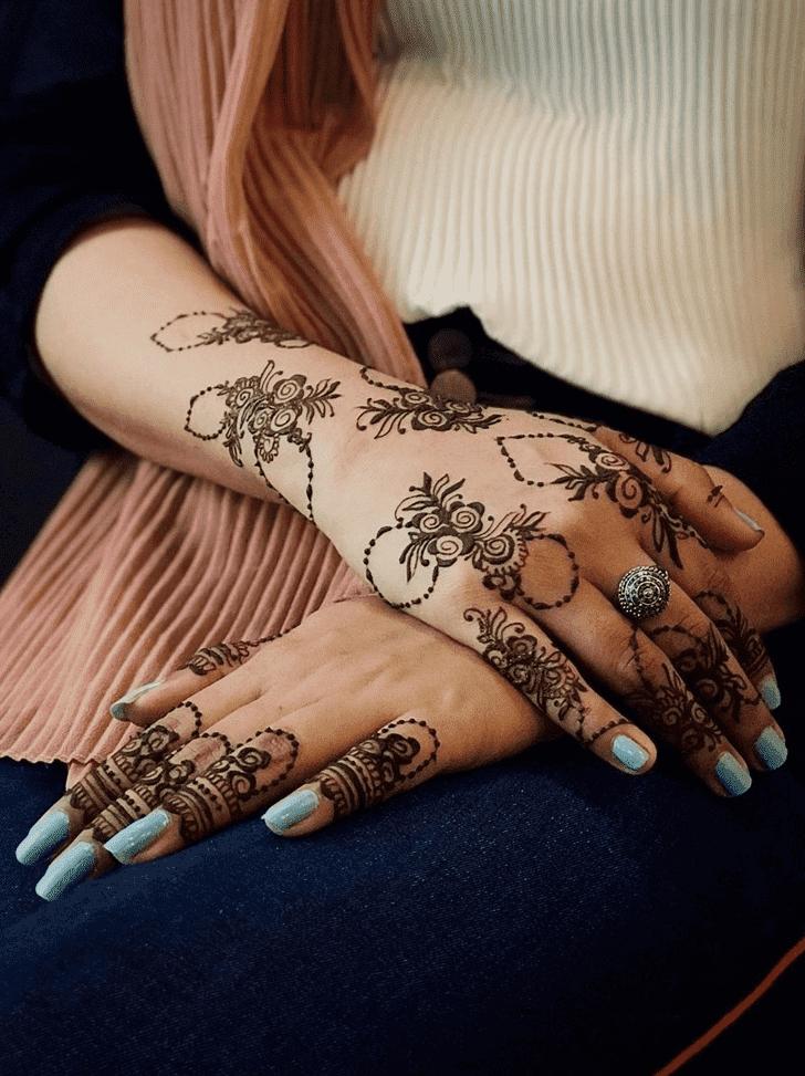 Adorable Navratri Henna Design