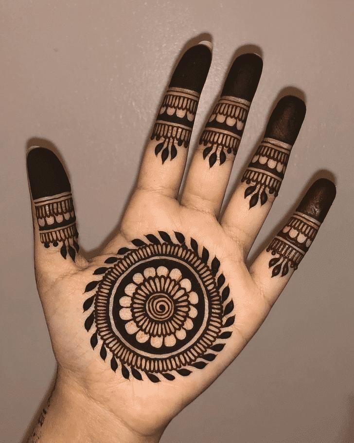 Captivating Navratri Henna Design