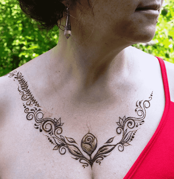 Bewitching Necklace Henna Design