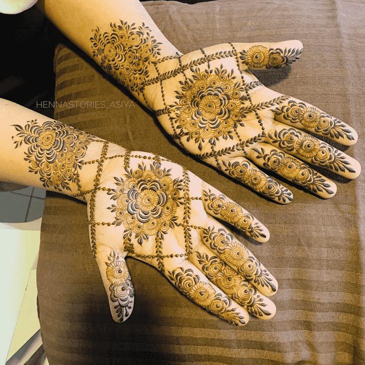 Bewitching Noida Henna Design