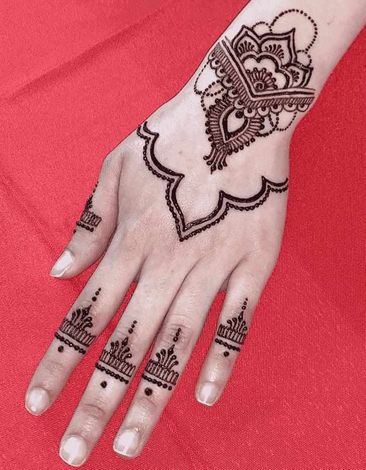 Dazzling Noida Henna Design